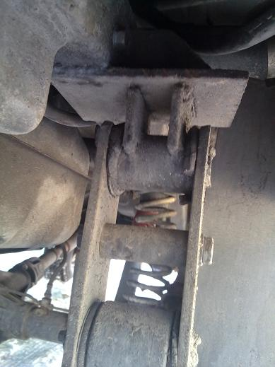 Лифт подвески УАЗ: Удлиненные серьги рессор